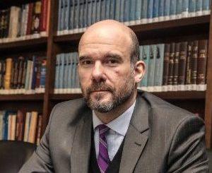 """Felipe de Oliveira é escolhido um dos advogados """"mais admirados"""""""